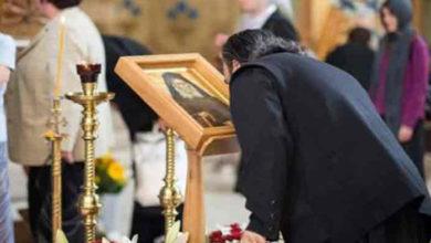 "Photo of Parintele Cleopa – greseala pe care toti crestinii o fac in biserica! ""Nu mai sarutati sfintii…"""