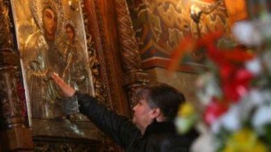 Photo of Craiova: Specialiştii iconografi despre icoana Madona Dudu: E aproape vie!