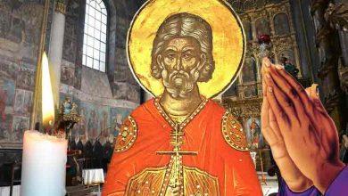 Photo of Rugăciune 15 martie – Citește azi Rugăciunea scurtă a Sfântului Agapie Vindecătorul, pentru a fi ferit de boală tu și familia ta